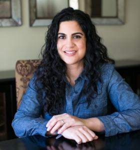 Hena Khan author photo